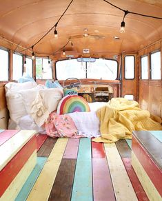 the base camp quilt is the perfect essential quilt that's great for layering or on it's own. Bus Life, Camper Life, Campers, School Bus Tiny House, Bus House, Kombi Trailer, Bus Living, Van Home, Vw Vintage