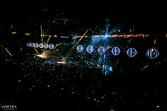 Muse (Moda Center, Portland, Oregon, December 13, 2015) Drones photo by Paul Garcia.