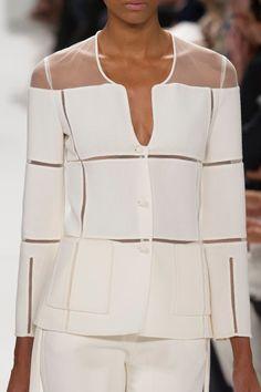 Chado Ralph Rucci at New York Fashion Week Spring 2014 - Details Runway Photos White Fashion, Look Fashion, Fashion Details, Fashion Design, Fashion Spring, Couture Fashion, Runway Fashion, Womens Fashion, Fashion Trends