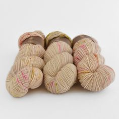 Tot le Matin Sport Plus Better Together, Happy Colors, Needles Sizes, All The Colors, Merino Wool, The Incredibles, Colours, Throw Pillows, Stitch