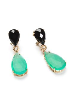 Con piedras preciosas en forma de gotas y diamantes sobre oro de Rabat