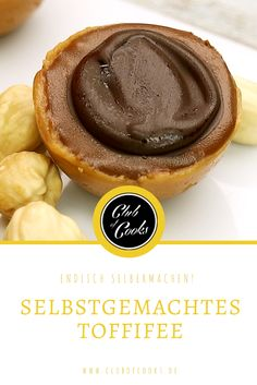 Endlich gibt es ein leichtes Rezept für die Süßigkeit, die wirklich ALLE lieben! Der perfekte Mix aus Karamell, Nuss und Schokolade.