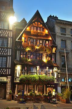 La Couronne Rouen, la plus vieille Auberge de France