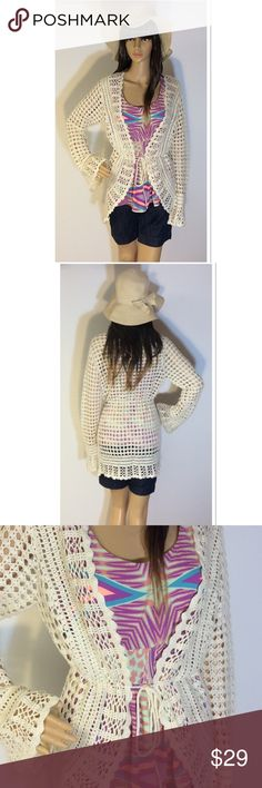 MIX IT BOHO IVORY CARDIGAN Gorgeous cardigan NWT. Open knit design and kaftan tie to cinch the waist. Mix It Sweaters Cardigans
