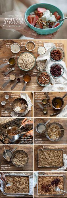 Homemade Gluten-Free Honey-Nut Granola Recipe Home made honey-nut granola. Hopefully can play with this to make it like Bountiful Basket's Cherry Pecan granola that we LOVE. Nut Granola Recipe, Make Your Own Granola, Home Made Granola Healthy, Comida Diy, Snacks Saludables, Easy Meal Prep, Granola Bars, Diy Food, Breakfast Recipes