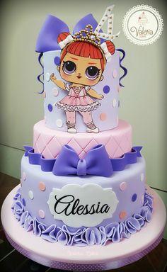 Mini Mouse Birthday Cake, Doll Birthday Cake, Funny Birthday Cakes, Lol Doll Cake, Barbie Cake, Surprise Cake, Surprise Birthday, Cake Pictures, Themed Cakes