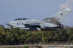 https://flic.kr/p/GAwxtr | Royal Air Force --- Panavia Tornado GR4 --- ZA370