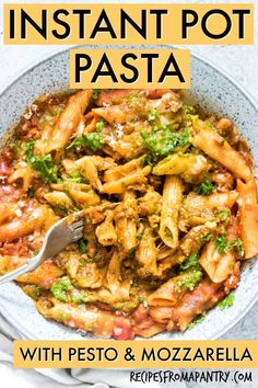 The BEST Instant Pot Pasta! Instant Pot Pasta with Pesto and Mozzarella is a creamy pasta infused with the delicious flavours of pesto and topped with shredded mozzarella cheese. If you have been wondering if you can make pasta in the Instant Pot, this r Easy Pasta Recipes, Entree Recipes, Brunch Recipes, Beef Recipes, Dinner Recipes, Cooking Recipes, Quiche Recipes, Noodle Recipes, Shrimp Recipes