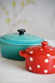 Red Polka dot, Turquoise, enamel, vintage, retro, old, kitchen, www.deli-anne.com