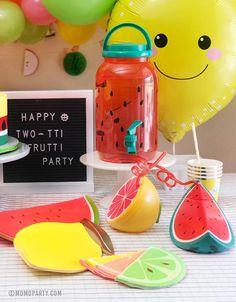 2 Year Old Birthday Party Girl, Girls Birthday Party Themes, Baby Girl First Birthday, Themes For Parties, Birthday Ideas, Kid Parties, Watermelon Birthday Parties, Fruit Birthday, Fruit Party