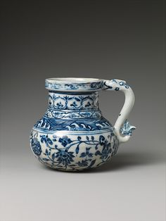 Tankard with Peony Scroll  Period:     Ming dynasty (1368–1644) Date:     early 15th century Culture:     China