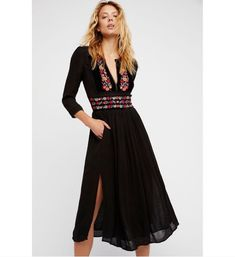 NWT Free People Flora midi dress featuring tonal velvet trim with colorful embroidery detailing on the neckline. Floral Midi Dress, Black Midi Dress, Midi Dresses, Club Dresses, Day To Night Dresses, Dresses For Work, Teen Dresses, Vestido Hippie Chic, Stylish Dresses