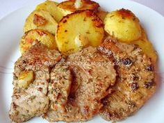 Muschi felii cu cartofi la cuptor Pork Recipes, New Recipes, Cooking Recipes, Healthy Recipes, Healthy Food, Romanian Food, Best Steak, Tasty, Yummy Food