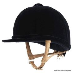 Owens Showjumper XP Childrens Hat A traditional hat covered with thick pile Italian velvet and fitted with a neat padded soft leather deerskin