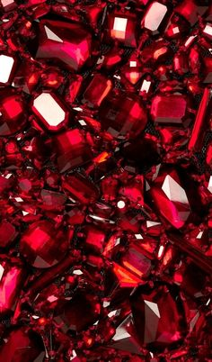 aesthetic Colour of the month Many shades of Red - November Ruby Red Simply Red, Red Wallpaper, Wallpaper Desktop, Disney Wallpaper, Wallpaper Quotes, Wallpaper Backgrounds, Aesthetic Colors, Burgundy Aesthetic, Aesthetic Indie