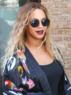 6a6567ecf9a Beyonce s round Perverse sunglasses - they re only  65! Click ahead for  more celeb