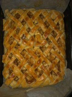 Eszti féle almás pite Ale, Waffles, Breakfast, Desserts, Food, Candy, Morning Coffee, Tailgate Desserts, Deserts