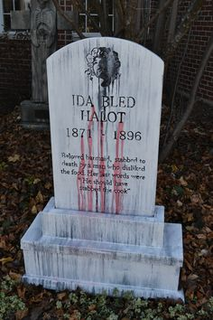 The tombstone actually bleeds. Red colored water is pumped from its base to four tubes that feed the water through slits in the tombstone. This is homemade. Halloween Animatronics, Base, Homemade, Holiday, Red, Color, Vacations, Home Made, Colour