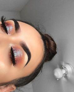 Shimmery and Natural Summer Makeup - Make-Up - Eye Makeup Makeup Goals, Makeup Inspo, Makeup Ideas, Makeup Tips, Makeup Tutorials, Makeup Hacks, Makeup Geek, Makeup Style, Skin Makeup