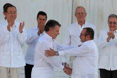 """El presidente de Colombia, Juan Manuel Santos, ha ganado el premio Nobel de la Paz 2016 por sus """"decididos esfuerzos"""" por llevar la paz a su país tras 52 años de conflicto armado, anunció hoy en Oslo el Comité Nobel de Noruega.</p>"""