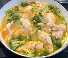 Cooking Recipes, Healthy Recipes, Dinner Tonight, Thai Red Curry, Broccoli, Dinner Recipes, Food And Drink, Chicken, Vegetables