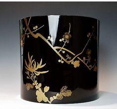 Magnificent antique Japanese lacquer Hibachi pot (Front View).