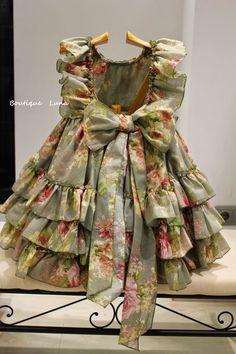 Baby Girl Frocks, Frocks For Girls, Little Dresses, Little Girl Dresses, Girls Dresses Sewing, Girls Frock Design, Baby Dress Design, Kids Dress Wear, Kids Gown