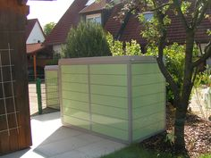 Unsere Fahrradboxen gibt es auch in weißgrün