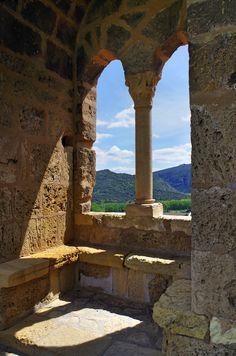 esmitierra: Frias Castle, Burgos, Castile and Leon, Spain. VIA.