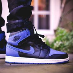 """We have a first look at the Air Jordan 1 """"Royal"""" dropping later this year (2013 release pictured here). For a first look at the 2017 version, tap the link in our bio."""