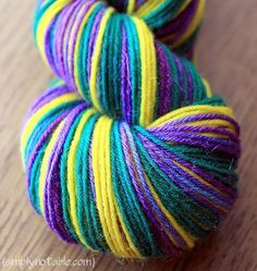 DIY Tutorial: Self Striping Sock Yarn with Easter Egg Dyes. Contains great method of dividing a single skein into nice self-striping long repeats using chairs. Worked it myself using books instead!