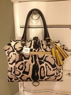 New Coach bag. It can go with everything. Coach bags outlet.
