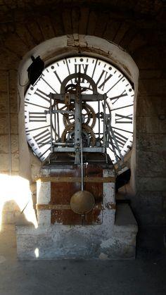 Orologio del Sedile di Putignano #InvadiAmoPutignano #invasionidigitali