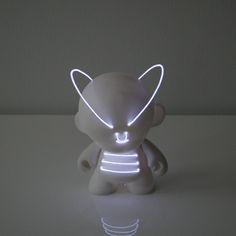 art-toy-lightbotz (7)