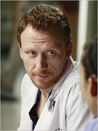 Grey's Anatomy - Kevin McKidd/Owen Hunt #2: Because he had our hearts when he staplegunned his leg. - Fan Forum