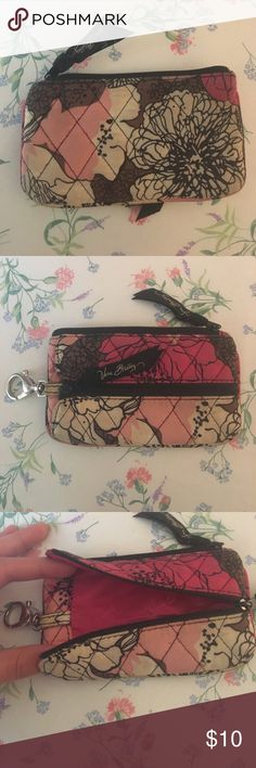 Vera Bradley Coin Purse Cell Phone Holder Great condition Vera Bradley Coin purse with outside zip pocket for a cell phone. Smoke free home! Vera Bradley Bags Wallets