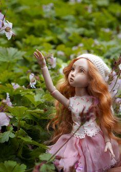 Porcelain Doll, Bjd Dolls, Ball Jointed Dolls, Aurora Sleeping Beauty, Disney Princess, Disney Characters, Artist, Kunst, Artists