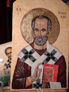 икона св. Николая чудотворца натуральные пигменты, яичная темпера, поталь