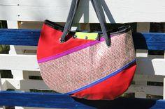 #Borsa a mano in #vela laminata con inserti colorati #madeinitaly #handmade #sail #bags