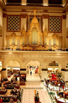 First department store in US is Wanamakers in Philadelphia