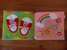 フェルトの仕掛け絵本 型紙完成 | shido-ricoのほほん子育て♪ハンドメイド日記 Busy Book, Crafts, Quiet Books, Activity Toys, Gloves, Felting, Needlepoint, Manualidades, Handmade Crafts
