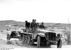 SdKfz. 10 half-track vehicle towing a 7.5 cm Pak 40 anti-tank gun, Russia, Jun 1944