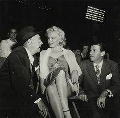 Marilyn Monroe attends the 'Baseball Stars of Hollywood against the All-Stars' charity game at Gilmore Stadium in Los Angeles, March Old Hollywood Stars, Vintage Hollywood, Patrick Willis, Marilyn Monroe Quotes, Base Ball, Baseball Star, Candle In The Wind, Fake Pictures, Norma Jeane