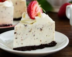 Mascarpone and Oreo® cheesecake (simple, fast) – A CuisineAZ Dynamic Recipe Source by margotmzll Oreo Cheesecake Bites, Cheesecake Crust, Cheesecake Mascarpone, Cookies Oreo, Oreo Torta, Oreo Biscuits, Easy Summer Desserts, Chocolate Wafers, Graham Cracker Crust