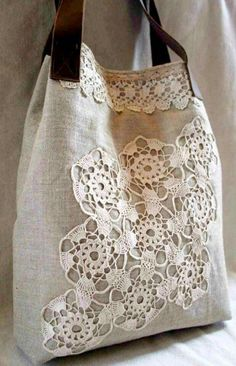 Crochet Lace Bag Doilies New Ideas Patchwork Bags, Quilted Bag, Crochet Doilies, Crochet Lace, Crochet Motif, My Bags, Purses And Bags, Jean Purses, Tote Bags
