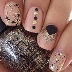Nude, Gold, Black nails. Love this manicure look! #nailpolish