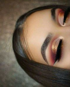 Makeup dorado
