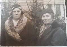 Franciszka Angelika Barzowska z ciocią Otylią Jędrzejczak z domu Reszke .Rok 1936