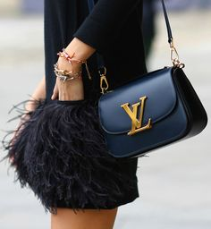 #Accessories : Bags / Black Louis Vuitton purse