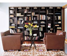 Home office with shades of brown and black